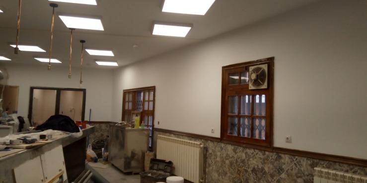 bar sallent reforma suelo, pintura, electricidad barra, paredes
